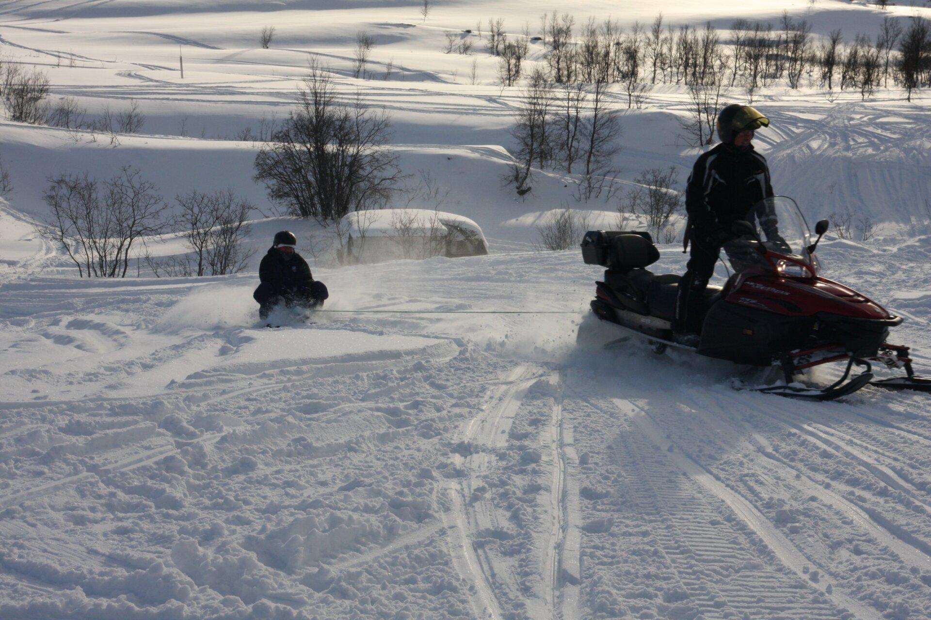 Snowmobile trip - Snowmobile safari at its best